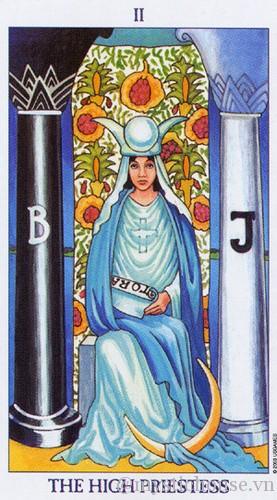 cảm nhận lá bài tarot high priestess