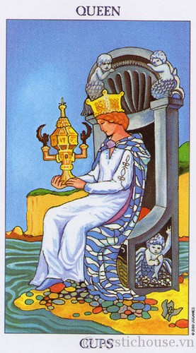 cảm nhận lá bài tarot queen of cups
