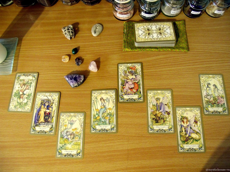 trải bài Mystic Faerie Tarot