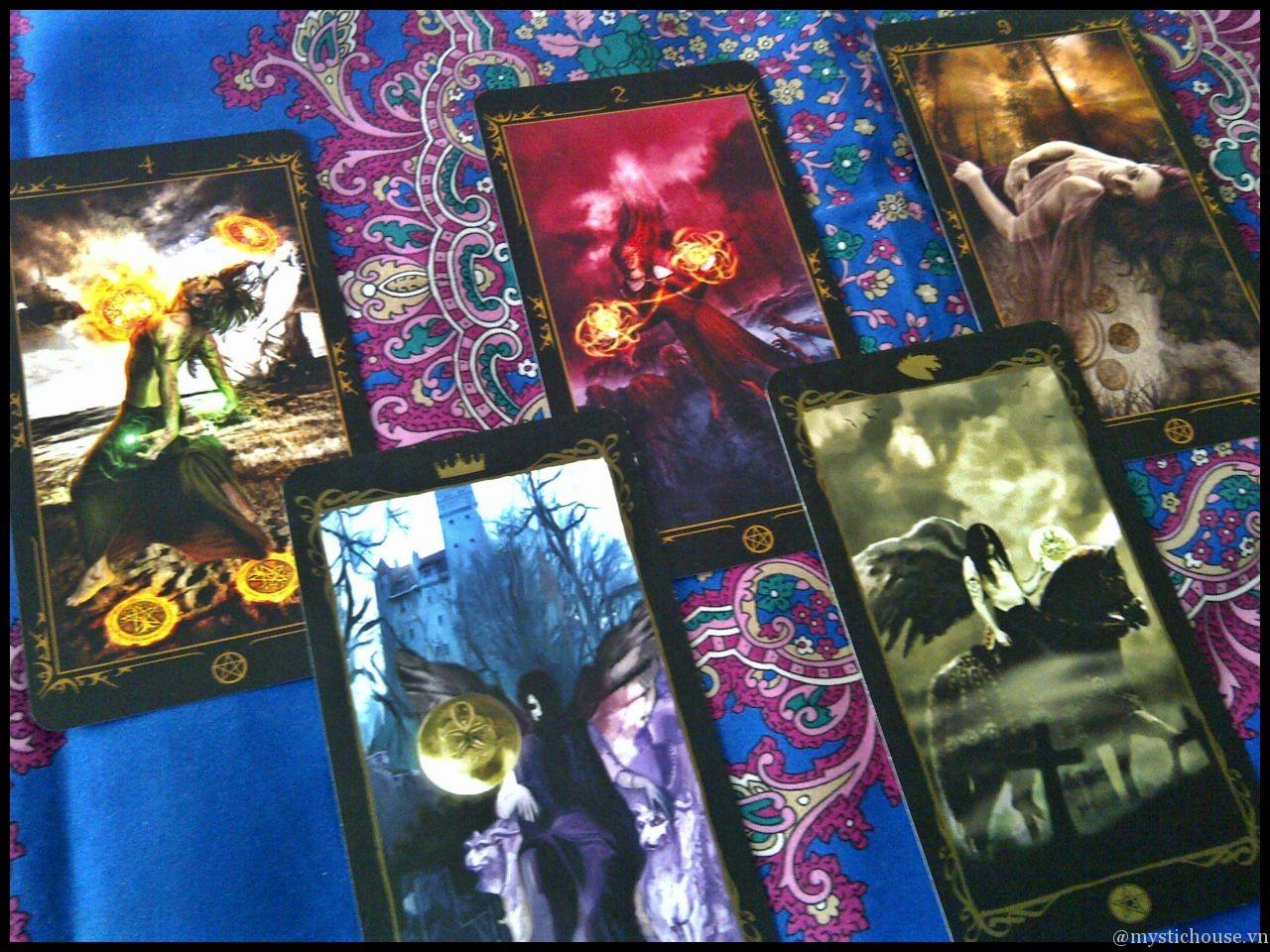 cảm nhận các lá bài Dark Fairytale Tarot