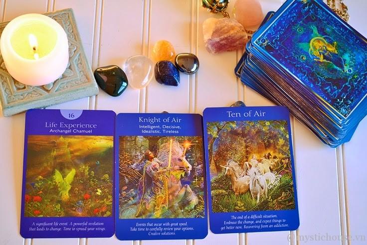 bài tarot và bài oracle