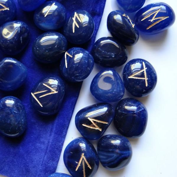 Bộ Đá Runes Blue Onyx 34