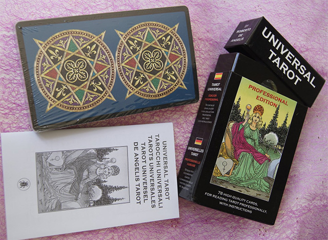 Ý nghĩa bộ bài Universal Tarot Professional