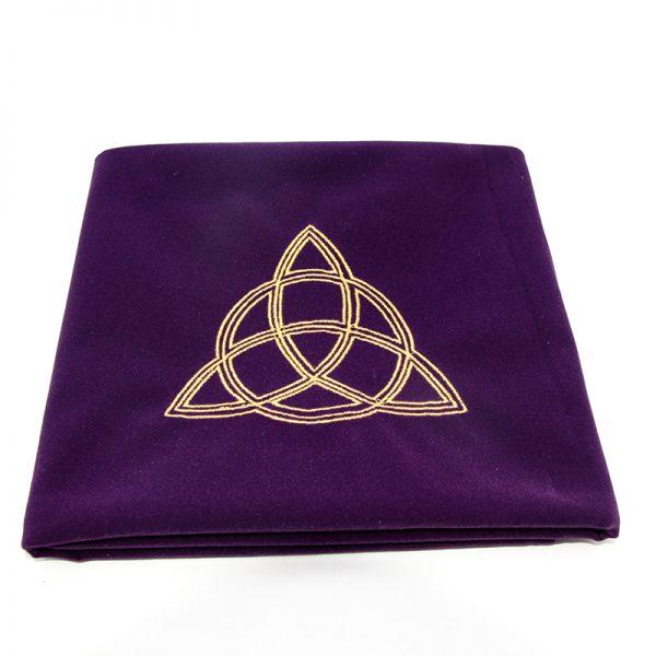 Khăn trải nhung thêu biểu tượng (Sun Red, Triquetra Purple, Pentacle Black) 60×60 290k (2)
