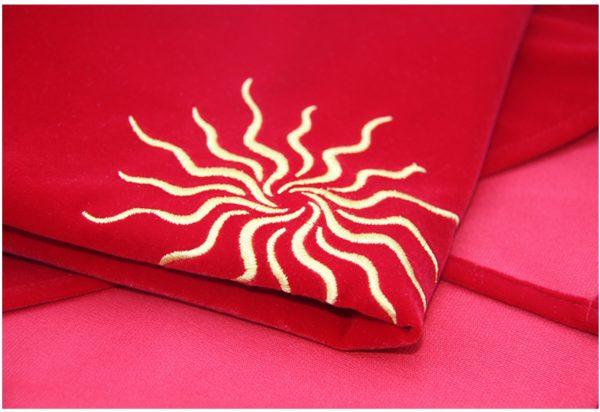 Khăn trải nhung thêu biểu tượng (Sun Red, Triquetra Purple, Pentacle Black) 60×60 290k (7)