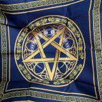 Khan trai bai Tarot Wicca Star Crescent (1)