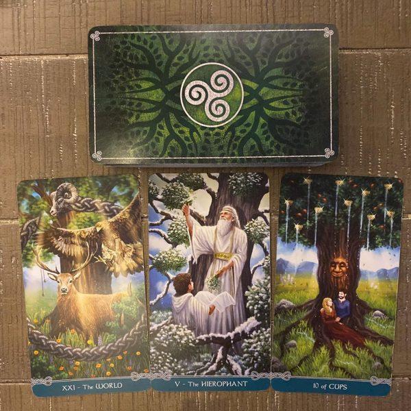 Universal Celtic Tarot 11