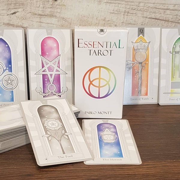 Essential Tarot 8