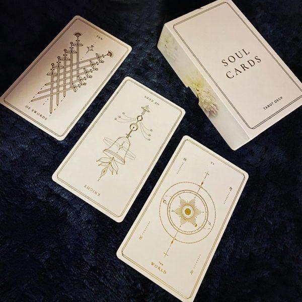 Soul Cards Tarot (White Dahlia) 12
